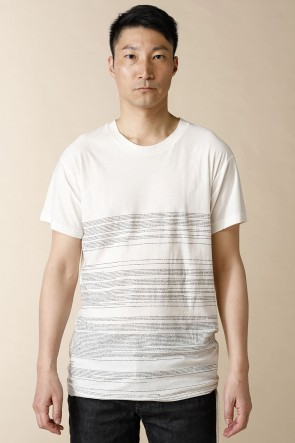 individual sentiments16SSユニセックス ウーブン ダイアリー プリンテッド Tシャツ ホワイト